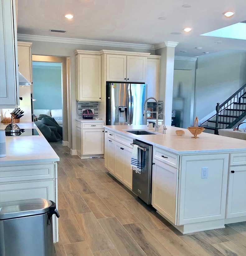 Clean Kitchen | We Organize Florida - Professional Home, Office, and Retail Organizers in Southwest Florida