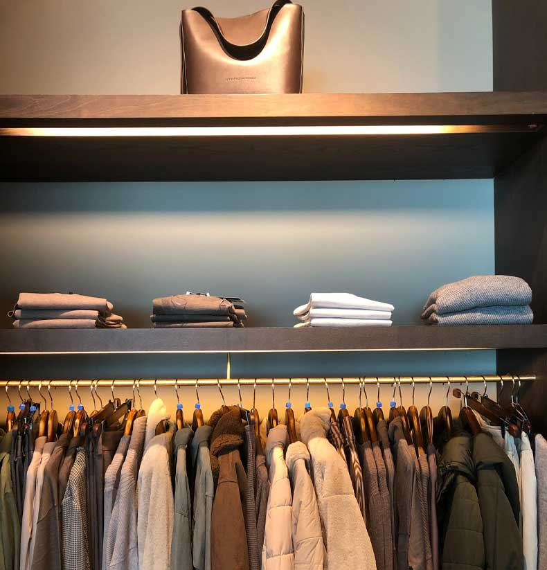 Retail Clothing Rack | We Organize Florida - Professional Home, Office, and Retail Organizers in Southwest Florida